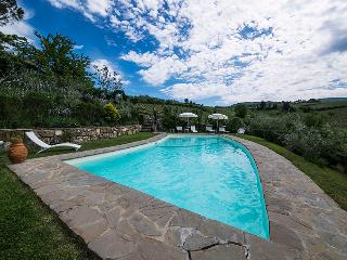 NEW TYPICAL APARTMENT, Greve in Chianti