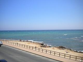 Bonito apartamento con vistas parciales al mar