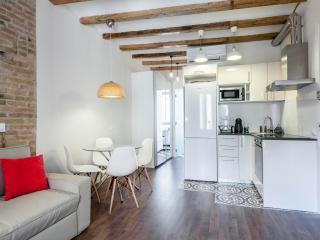 Cozy apartment close to Sagrada Familia