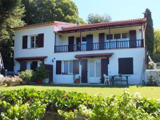 Appartement premier etage villa avec piscine, Grasse