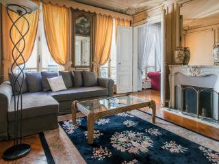 Cozy Apartment close Gare du Nord