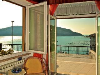 Appartamento a 50 metri dal mare con vista