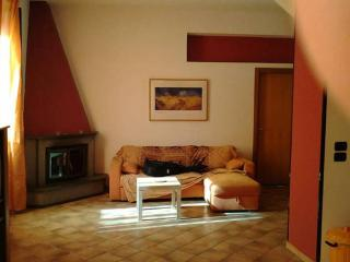 Quiet house with garden., Somma Vesuviana