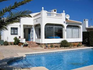 Detached 3 bedroom villa with private pool, L'Ametlla de Mar