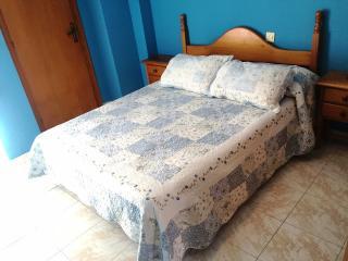 COQUETO APARTAMENTO DE 2 HAB. CON AIRE ACOND., Santa Pola