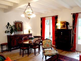 Pavillon Fonteneau - Gîte de charme, Floirac