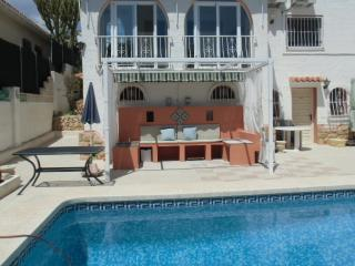 Villaron -apartment in villa, Altea