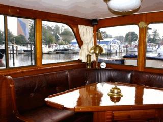 Yacht en Gite Nautique, Draveil