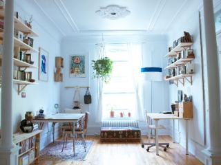 Montreal : A Beautiful Apartment For Rent
