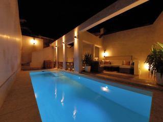 Magnifique Riad avec piscine au coeur de la Medina
