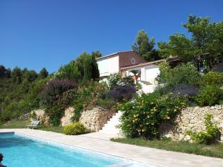Villa 160 m2 piscine proche CASSIS AIX MARSEILLE