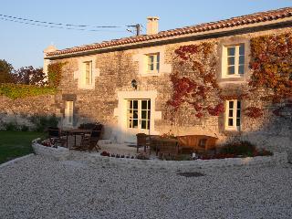 Maison Perroquet, Logis du Paradis, Criteuil-la-Magdeleine