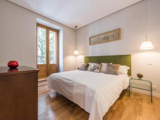 BOOKING MADRID ALCALA RETIRO III