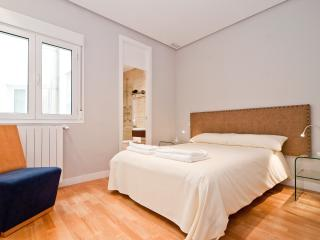 BOOKING MADRID ALCALA RETIRO II