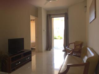 Nice apartment with pool 2 minutes from the beach, Mont Choisy