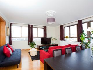 Appartement (100m2) décoré avec goût neuf, París
