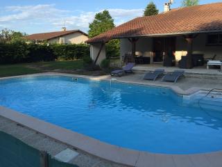 Maison avec piscine au calme, Barcelonne-du-Gers