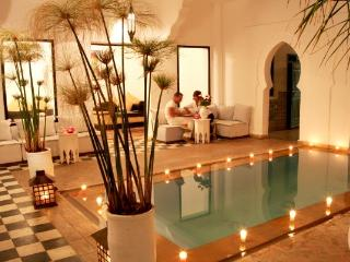 riad chamali 9 chambres avec SdB et piscine, Marrakech