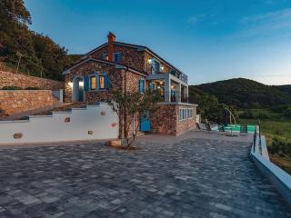 villa Lapida