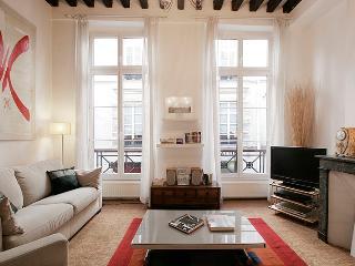G03575 - 1 Bedroom duplex apartment - Marais area