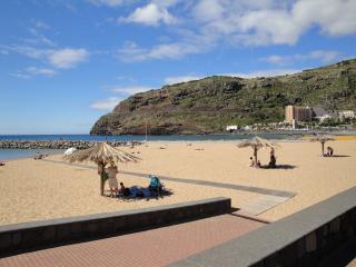 Apartment near the beach, Machico