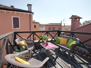 Apartment with terrace Ca' Serena
