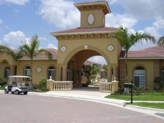 Luxury condo with lake and pool views, Fort Myers Beach