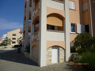 Lovely apartment in Novalja
