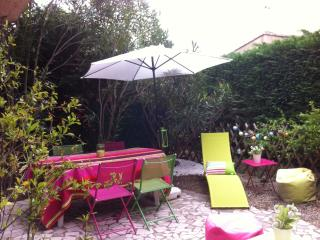 Appartement + jardin dans residence a ste maxime