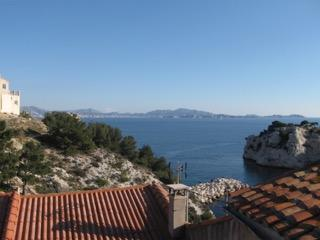 Le Grand Bleu, flat with view on mediterranean sea, Le Rove