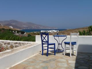 Myconian  bungalow with scenic views, Mykonos Town
