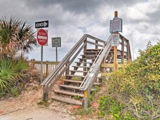 New Smyrna Beach Home w/ Deck & Beach Access!