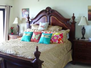 SEABREEZE1 404 Oceanfront Sept 25  available*+ fees 5--6 nights FREE WiFi