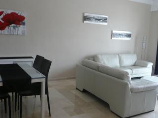 Bel Appartement à la MARINA d'AGADIR avec WIFI, Agadir