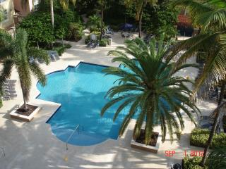 Country Club Lifestyle  three bedroom two bath, Aventura