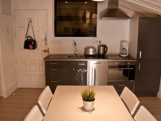 Cocina y sala de estar.