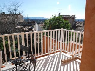 Gite: Le Garlaban*** Marseille / Allauch Village