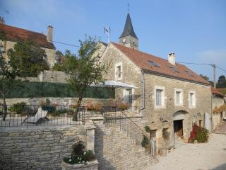 gite coeur de village historique avec vue chateau