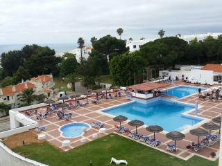 bel appartement à 700 m de la plage repos assuré, Albufeira