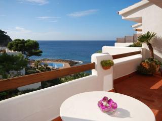 Schöne Ferienwohnung Sanrosa direkt am Meer in San, Sant Elm
