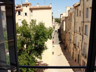 Joli duplex en centre ville médiéval, Montpellier
