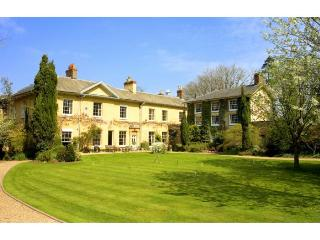 Wellington Manor And Stables-Impressive & elegant