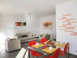 Appartement 4 F2 côté jardin, Borgo