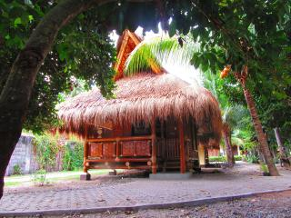 Subida Vacation Homes - Bamboo Dos