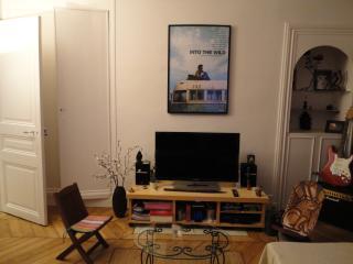 Appartement de Charme et Lumineux pres Republique