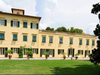 Villa Pisa, Gello