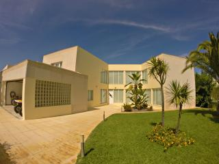 Spacious villa in Soltroia