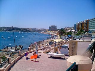 3 bedroomed apartment with views close to beach, San Pawl il-Baħar (St. Paul's Bay)