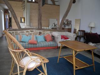Grange rénovée entre mer et campagne, La Chapelle-sur-Dun