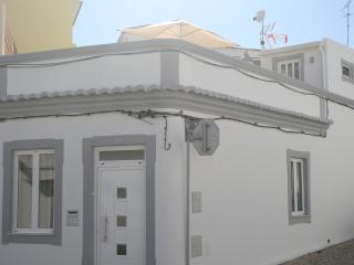 A CASA ALGARVIAN (Algarvian House) - Faro Downtown